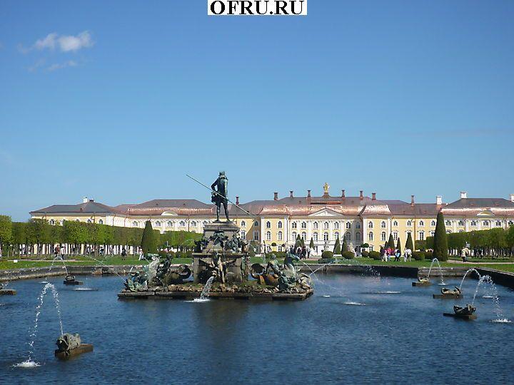 Верхний сад — часть дворцово-паркового ансамбля «Петергоф».